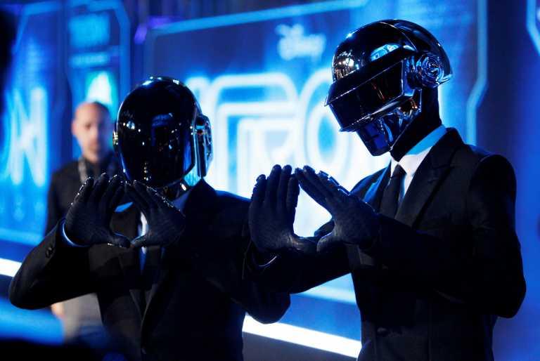 Τέλος εποχής για τους Daft Punk – Το ιστορικό «δίδυμο» της γαλλικής ηλεκτρονικής μουσικής