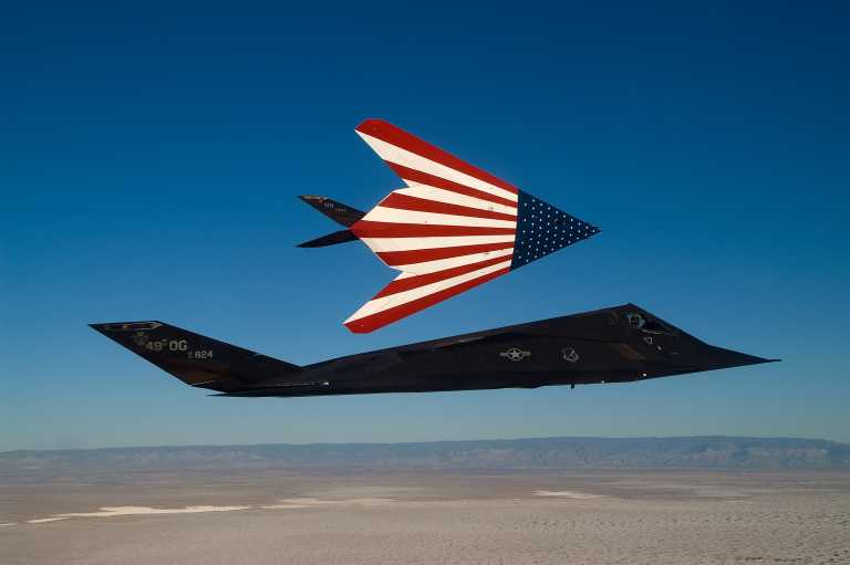 F-117: Ποια απόσυρση; Αποκαλυπτικές εικόνες από τα ιστορικά και μυστηριώδη stealth αεροσκάφη των ΗΠΑ [pic]