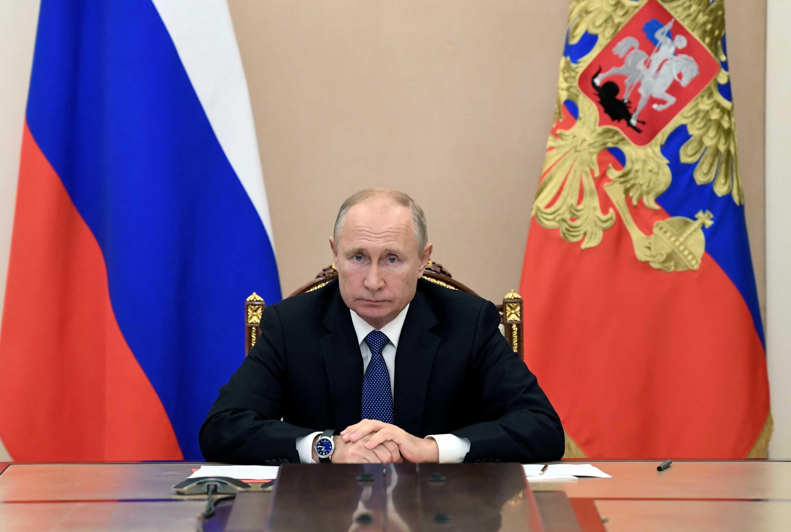Πούτιν και Κούρτς συζήτησαν το ενδεχόμενο να προμηθευθεί η Αυστρία το ρωσικό εμβόλιο