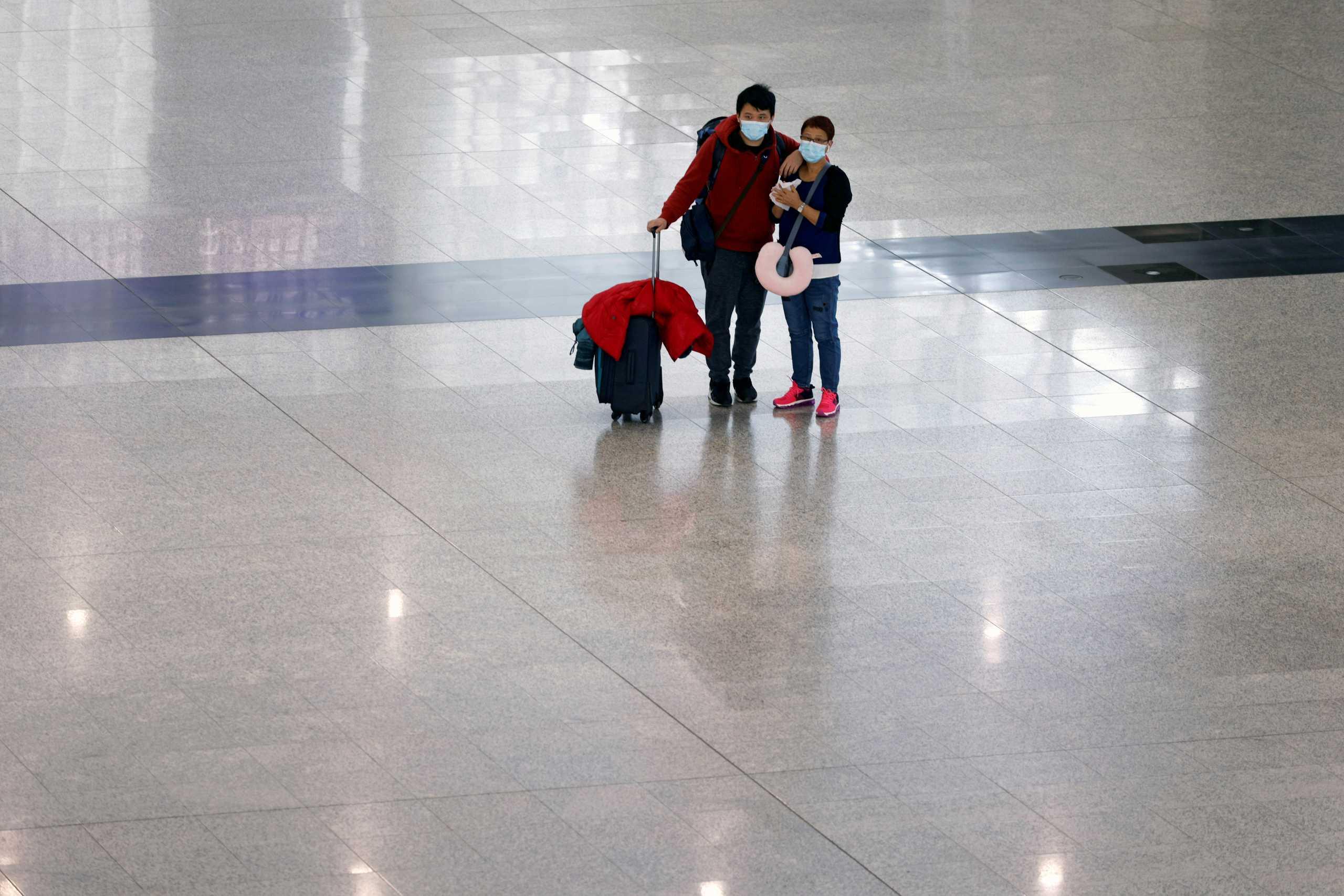 Χονγκ Κονγκ: 5.000 πολίτες ετοιμάζουν βαλίτσες για Βρετανία – Κατέθεσαν αιτήσεις χορήγησης βίζας