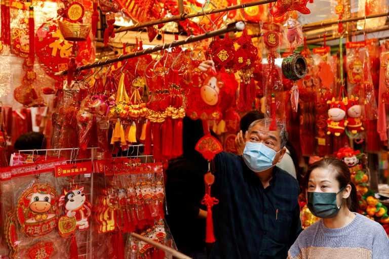 Χονγκ Κονγκ: Μουδιασμένοι καταναλωτές λόγω πανδημίας και μέτρων καταστολής (pics)