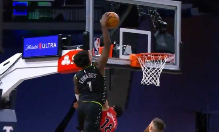 NBA: Ισοπεδωτικό κάρφωμα από Έντουαρτς, «κατέκτησε» top-10 (video)