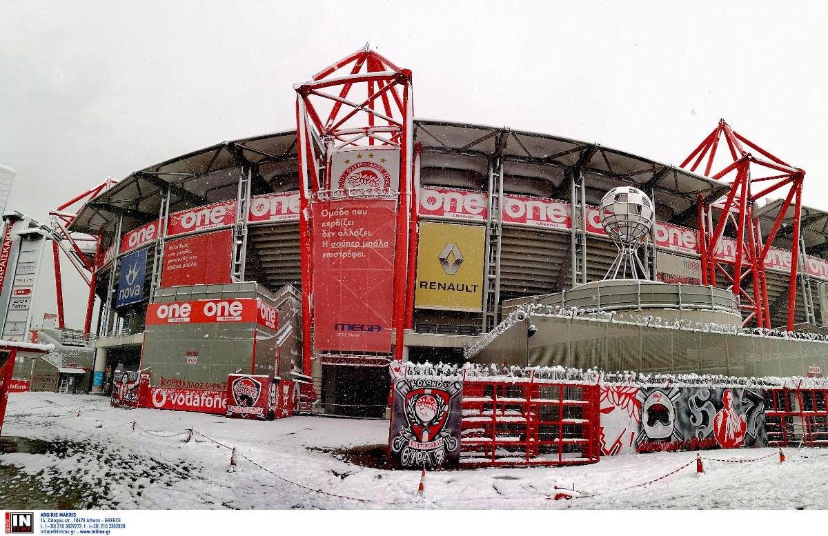 Ολυμπιακός: Η Αϊντχόφεν, η «Μήδεια» και ο Εμβιλά – Χιόνια σε «Καραϊσκάκης» και Ρέντη (video, pics)