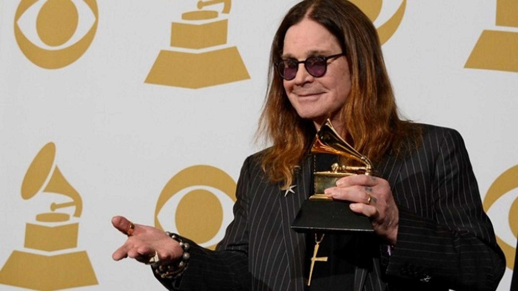 Ozzy Osbourne: Εμβολιάστηκα για κορονοϊό και ένιωσα σαν μαχαιριά (video)
