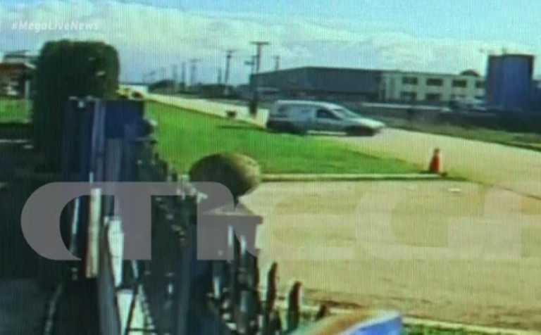 Αδερφός θύματος στην Πάτρα: «Έβαλε όπισθεν και όποιον πάρει ο Χαρος» – Τι απαντά ο δικηγόρος του οδηγού (video)