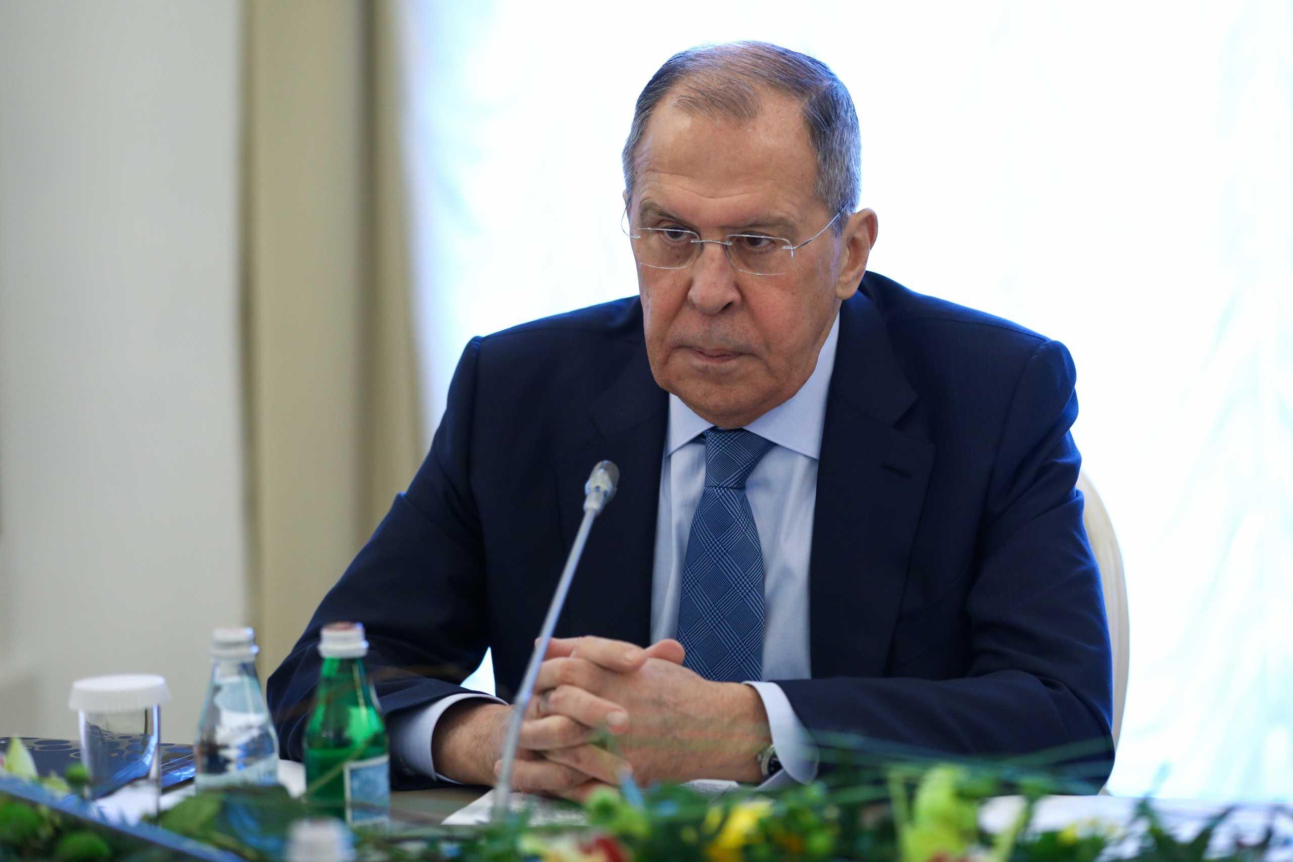 Λαβρόφ: Οι συνομιλίες στη Μόσχα για το Αφγανιστάν θα βοηθήσουν τις ειρηνευτικές συνομιλίες στη Ντόχα
