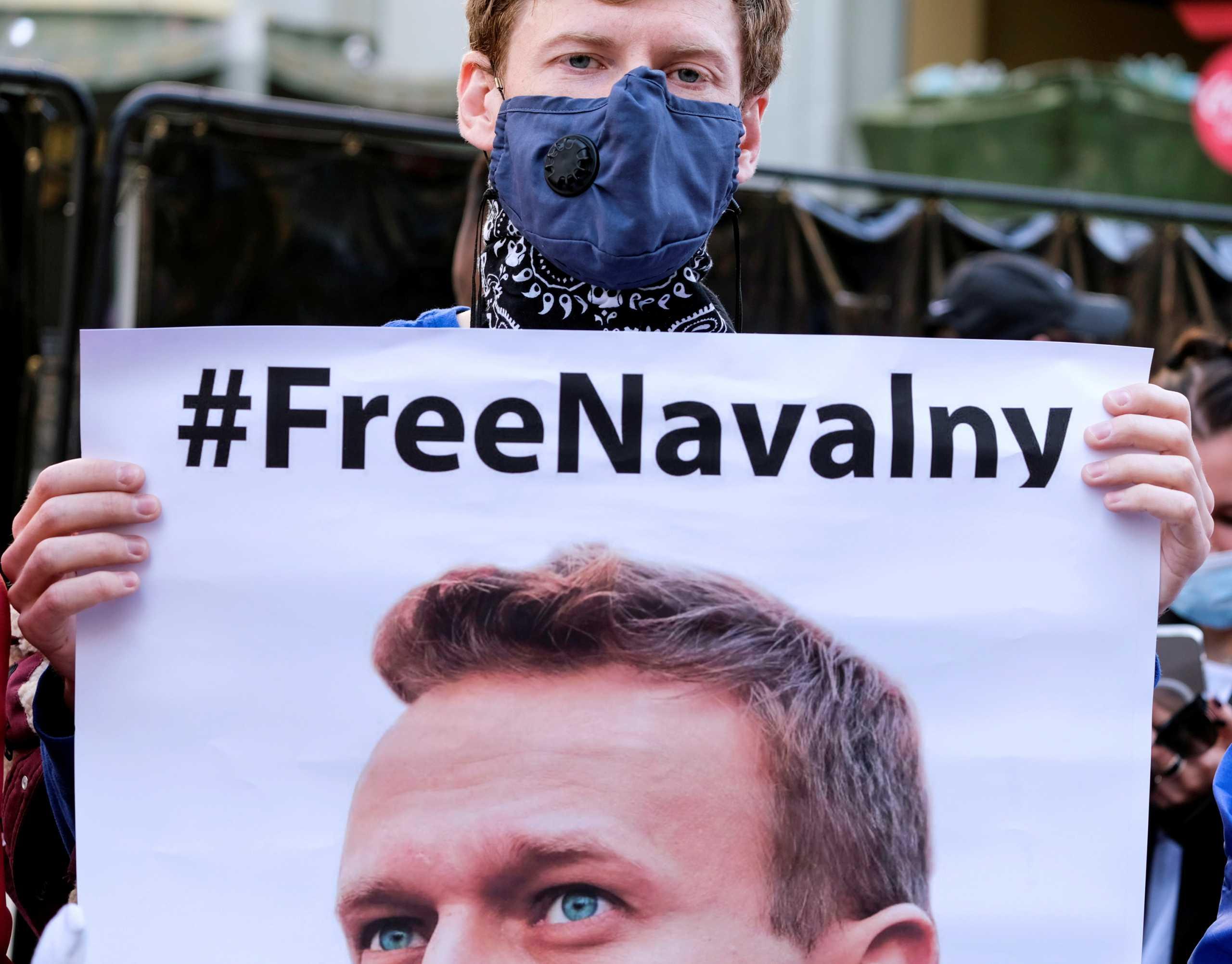 Μόνο σε Ρώσους αξιωματούχους οι κυρώσεις της ΕΕ για τη σύλληψη Ναβάλνι