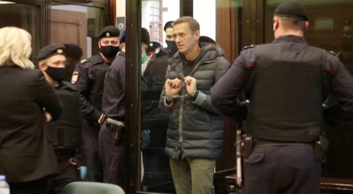 Άμεση απελευθέρωση του Ναβάλνι ζητά το Δικαστήριο Ανθρωπίνων Δικαιωμάτων – Κωφεύει η Μόσχα