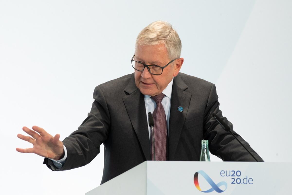 Ρέγκλινγκ: «Βλέπουμε θετικά το αίτημα της Ελλάδας να αποπληρώσει νωρίτερα το χρέος προς το ΔΝΤ»