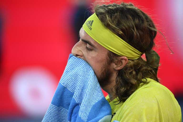 Λύγισε ο Τσιτσιπάς από τον ανώτερο Μεντβέντεφ, αποκλεισμός για τον Έλληνα τενίστα από το Australian Open