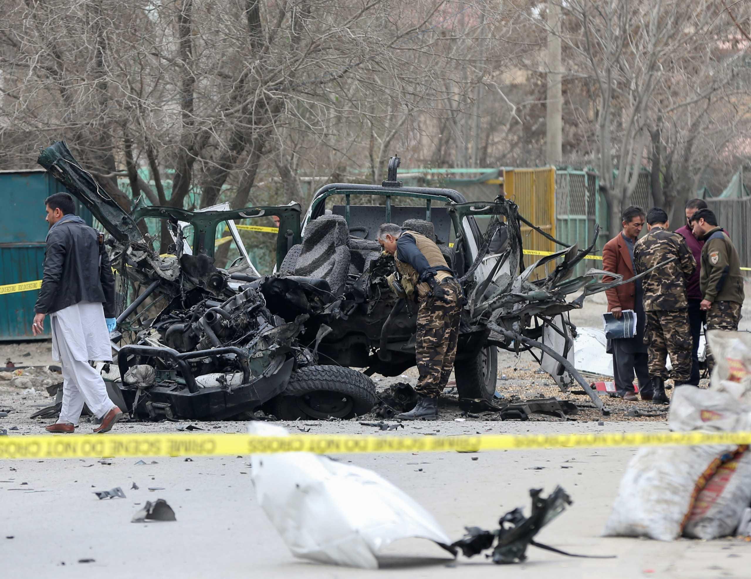 Αφγανιστάν: Πέντε νεκροί σε τρεις εκρήξεις στην Καμπούλ (pics)