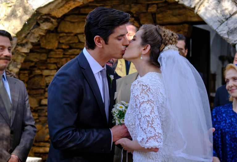 Άγριες Μέλισσες: ο γάμος του Λάμπρου και της Ελένης