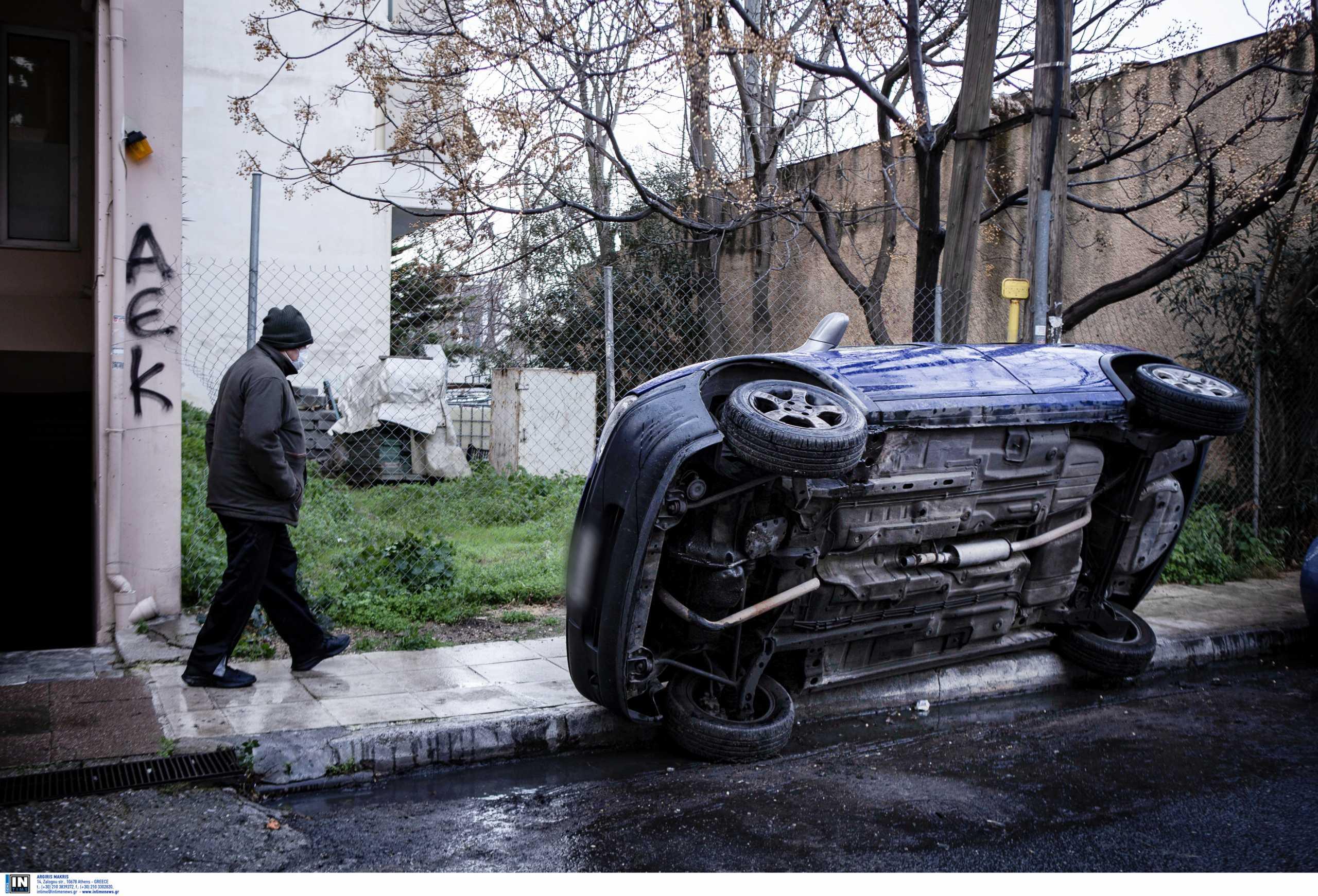 Σήκωσαν κι άλλο αυτοκίνητο και πήραν τον καταλύτη (pics)