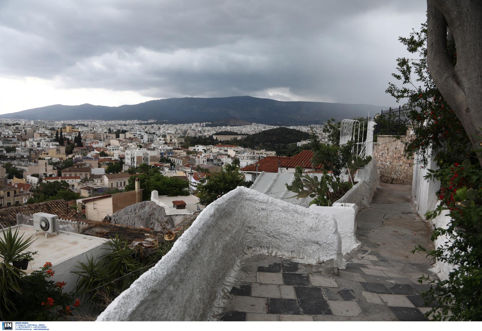 """Αυτά είναι τα """"στοιχειωμένα"""" κτίσματα στη Αθήνα – Όσα πρέπει να γνωρίζετε"""