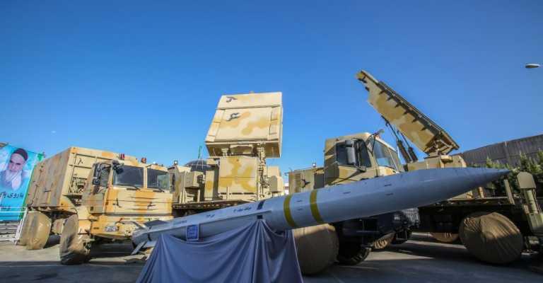 Απίστευτα πλάνα από τους πυραύλους Bavar-373 που η Τεχεράνη ονομάζει «ιρανικούς S-300» (video)