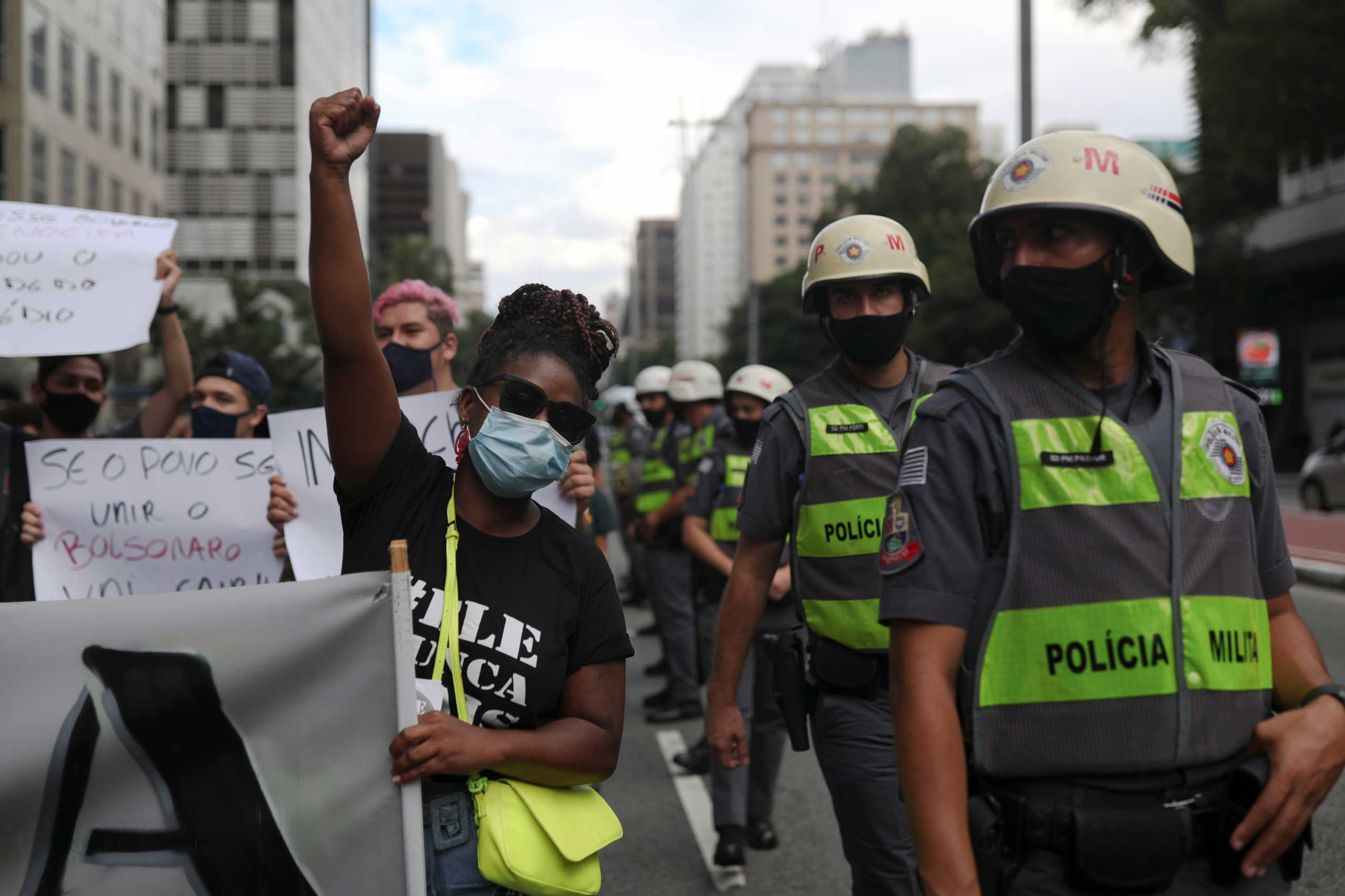 Βραζιλία: «Μπολσονάρο έξω» – Νέες διαδηλώσεις κατά του προέδρου της χώρας