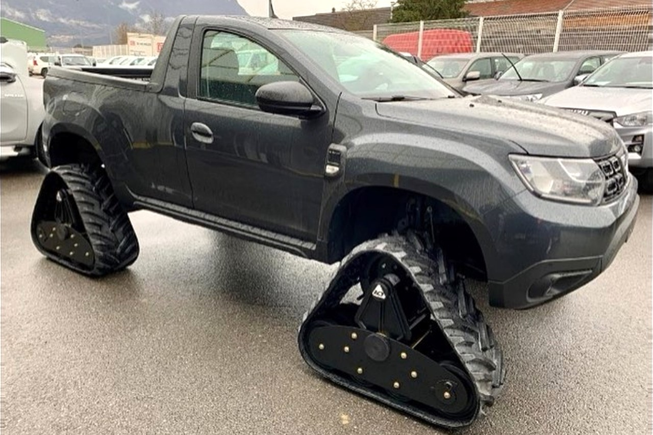 Dacia Duster pick-up. Και έξτρα, με ερπύστριες! [pics]