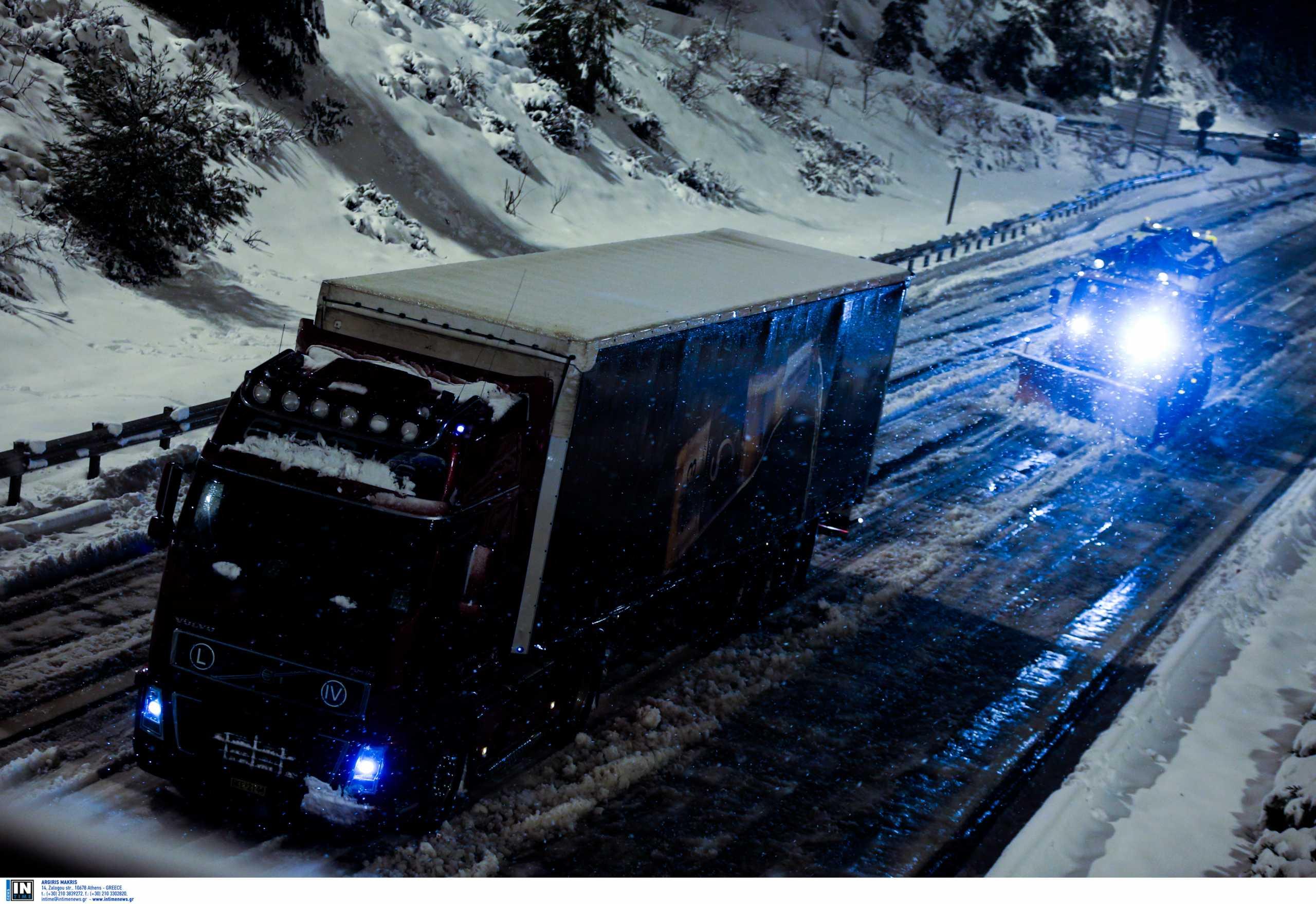 Καιρός – Ηράκλειο: Απαγόρευση κυκλοφορίας βαρέων οχημάτων στην επαρχιακή οδό Ηρακλείου-Αγίας Γαλήνης