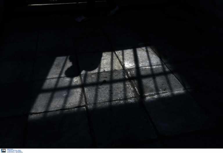 Συναγερμός στις φυλακές του Αγίου Στεφάνου για κρατούμενους με κορονοϊό