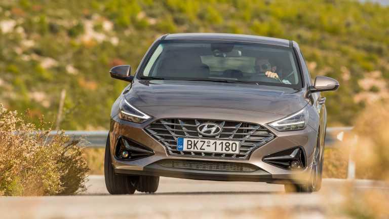 Δοκιμάζουμε το εναλλακτικό Hyundai i30 Fastback [pics]