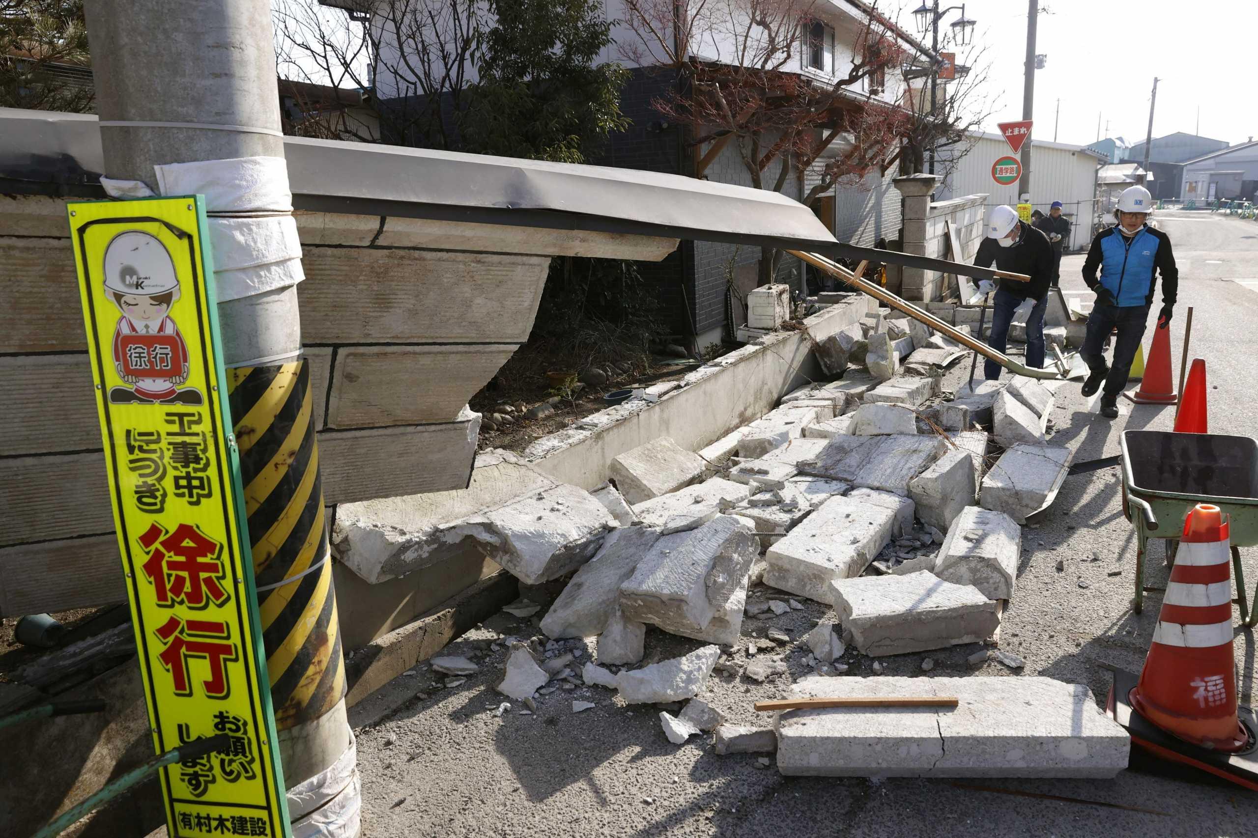 Ο ισχυρός σεισμός στην Ιαπωνία ξύπνησε μνήμες του 2011 – Δεκάδες τραυματίες
