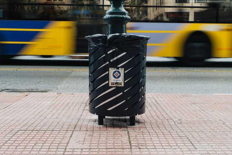 Δήμος Αθηναίων: Σε αυτούς τους δρόμους τοποθετήθηκαν νέοι κάδοι απορριμμάτων (pics)