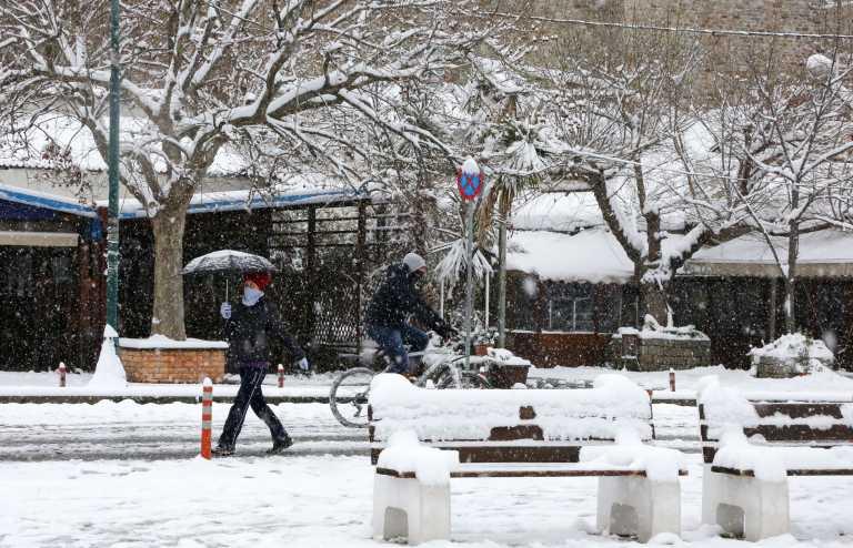 Ο καιρός στην Αθήνα αύριο (2021-02-16)