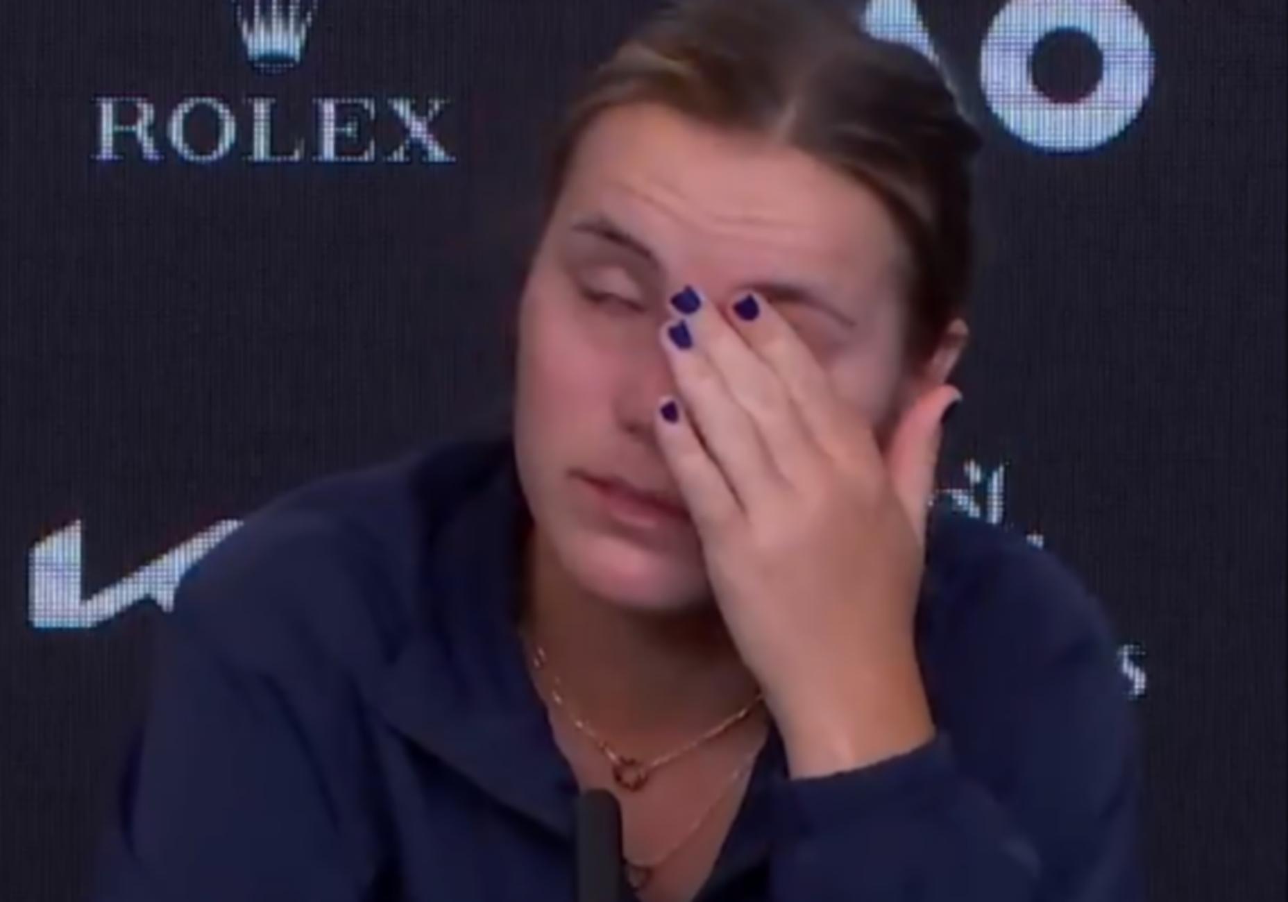 «Κατέρρευσε» το Νο4 του κόσμου μετά τον αποκλεισμό σοκ στο Australian Open (video)
