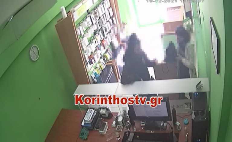 Κόρινθος: Έτσι έκλεψαν το κινητό μέσα από το κατάστημα – Video ντοκουμέντο