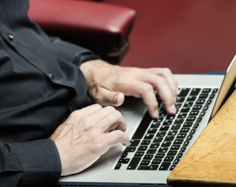 ΗΠΑ: «Έπεσε» το κυριότερο εμπόδιο για μια διεθνή συμφωνία στη φορολόγηση των κολοσσών του διαδικτύου