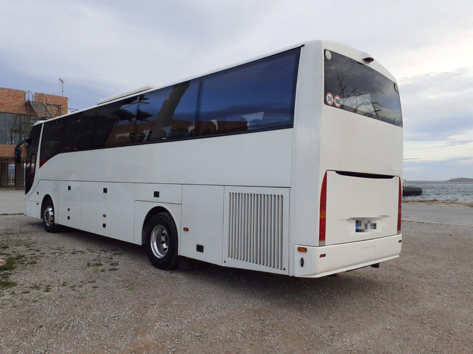 Πιάστηκε κύκλωμα διακίνησης μεταναστών στην Αττική – Μετέφεραν 31 αλλοδαπούς με λεωφορείο