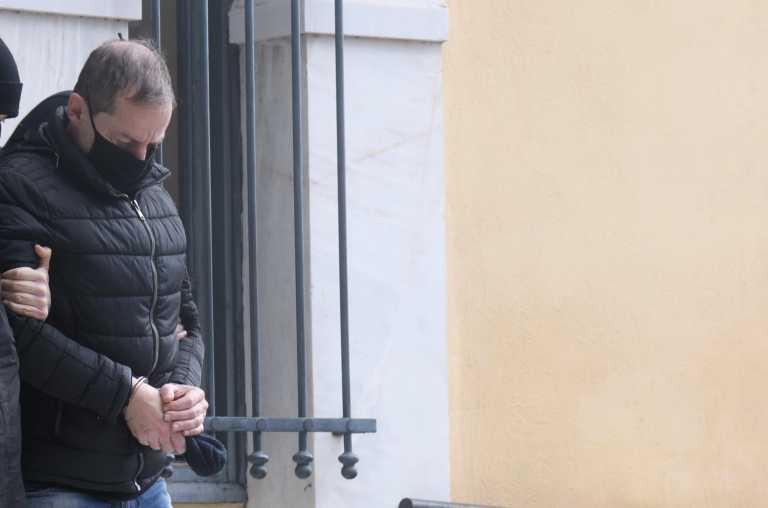 Δημήτρης Λιγνάδης: Ένα έγκλημα με παρελθόν και μέλλον – Οι οκτώ λόγοι που τον έφεραν ενώπιον της Δικαιοσύνης
