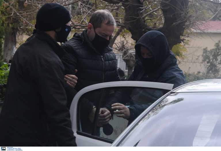Δημήτρης Λιγνάδης: Τον γύρο του κόσμου κάνει η σύλληψή του – Τι γράφουν τα ξένα ΜΜΕ