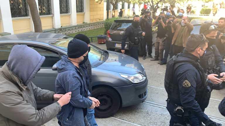 Δημήτρης Λιγνάδης: Τα άλλοθι που επικαλείται για τις ημερομηνίες των βιασμών
