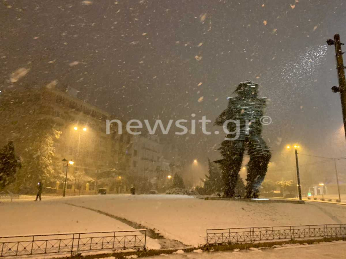 καιρός χιόνια Αθήνα Αττική Μήδεια