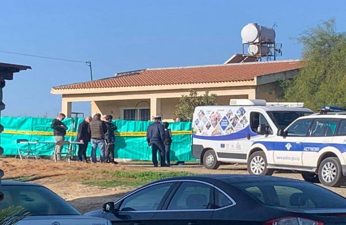 Οικογενειακή τραγωδία στην Κύπρο: Μαχαίρωσε θανάσιμα τη γυναίκα του και τον γιο τους και εξαφανίστηκε (vid)
