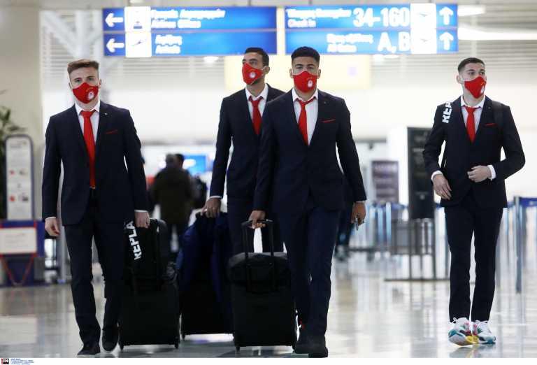 Επέστρεψε ο Ολυμπιακός: Στο αεροπλάνο έμαθαν οι παίκτες για Άρσεναλ (video)