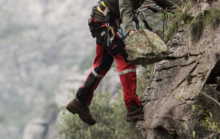 Πάρνηθα: Συναγερμός για ορειβάτη που έπεσε σε φαράγγι και εξαφανίστηκε (vid)