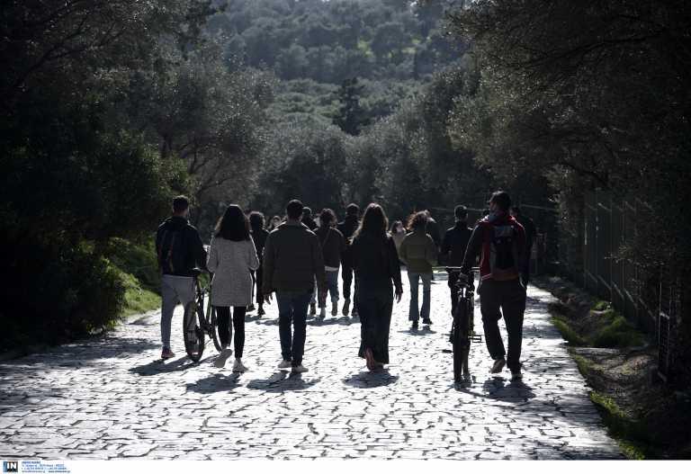 Κορονοϊός: Εκεί εντοπίζονται τα 884 νέα κρούσματα