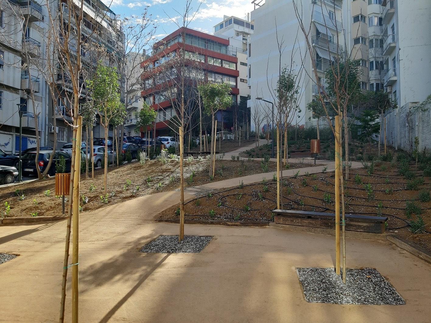Ο Δήμος Αθηναίων απέκτησε και τρίτο «Pocket Park» – Και είναι στο Παγκράτι (pics)