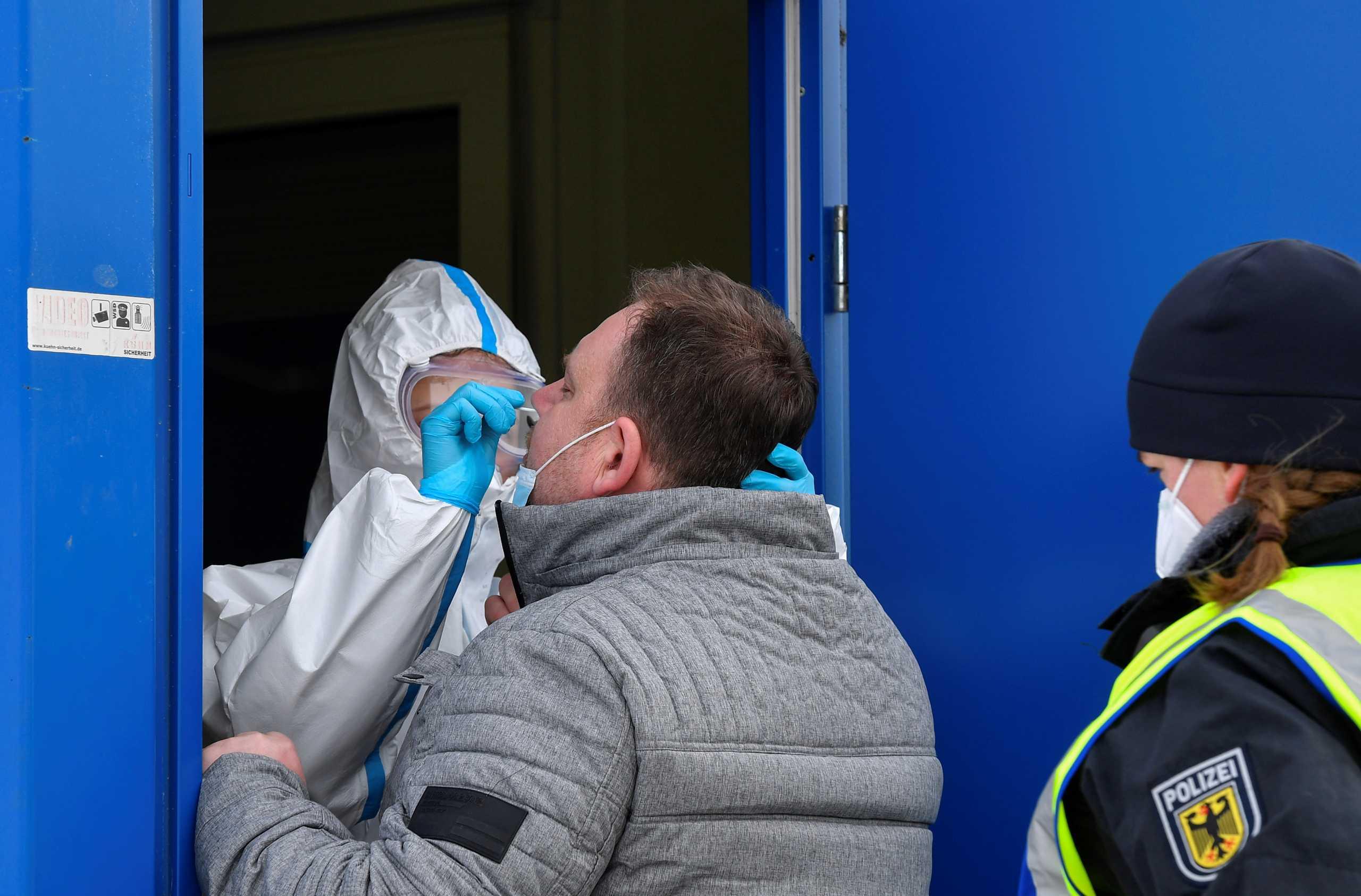 Γερμανία: Δωρεάν για όλους από 1η Μαρτίου τα γρήγορα τεστ κορονοϊού