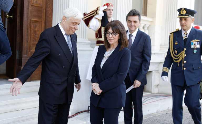 Ο Παυλόπουλος, η Σακελλαροπούλου, οι κωδικοί του email και το μοιραίο λάθος της γραμματέως