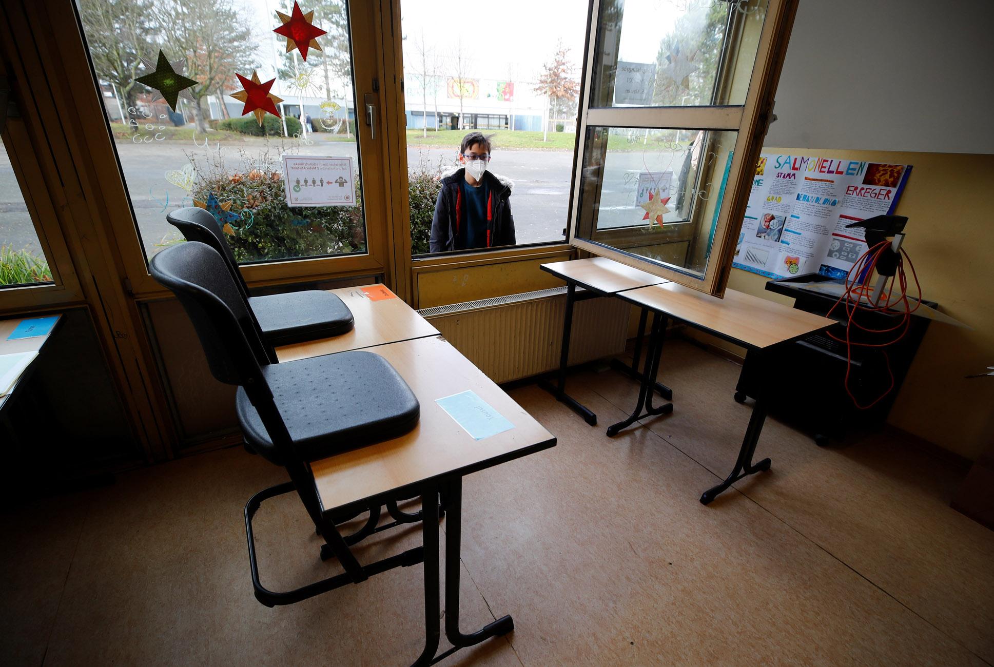 Γερμανία: Πρώτα θα ανοίξουν παιδικοί σταθμοί και σχολεία λέει ο Σολτς