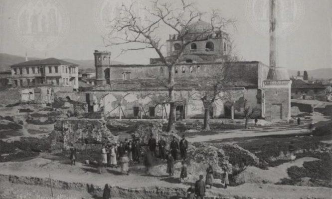 Συλλεκτικές φωτογραφίες από την Αγ. Σοφία στη Θεσσαλονίκη – Πότε ο Σουλεϊμάν την έκανε τζαμί;