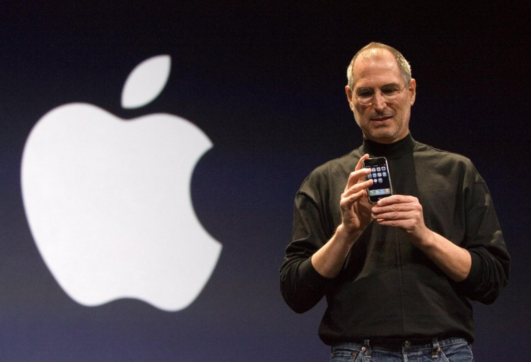 Στιβ Τζομπς: 12 μαθήματα ζωής από τον «μέγα ευαγγελιστή της ψηφιακής εποχής»