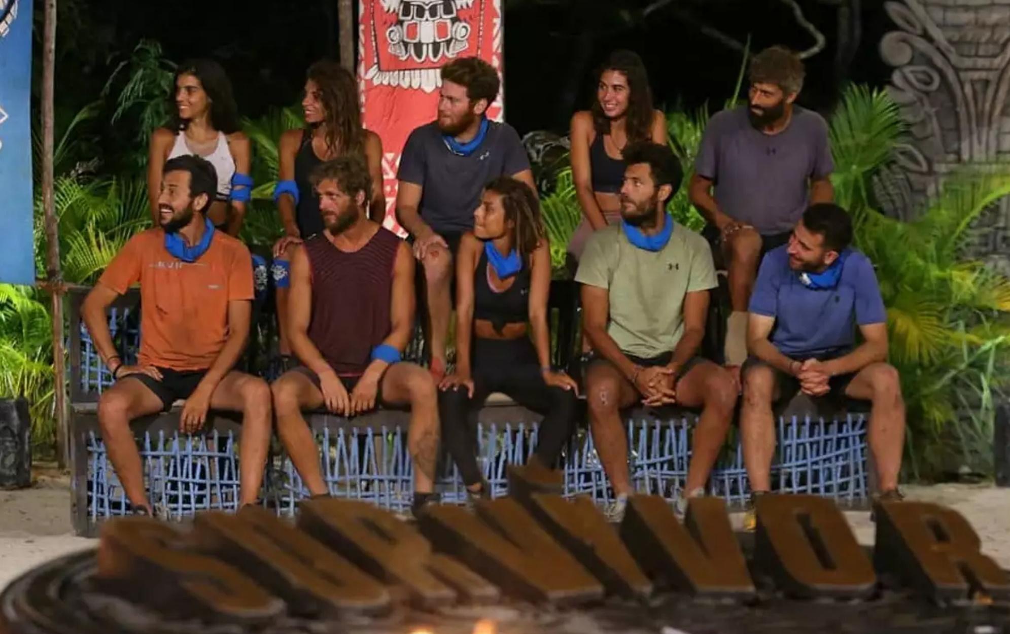 Survivor: Σενάρια για ειδύλλιο, ποιοί παίκτες της μπλε ομάδας έγιναν ζευγάρι