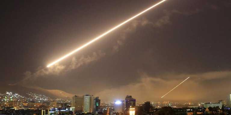 Συρία: Ισραηλινοί βομβαρδισμοί στην Δαμασκό – Τέσσερις τραυματίες