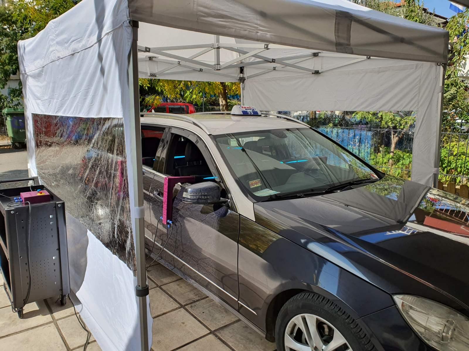 Θεσσαλονίκη: Οι οδηγοί ταξί που κερδίζουν τις εντυπώσεις – Η δωρεάν μεταφορά στο εμβολιαστικό κέντρο της ΔΕΘ