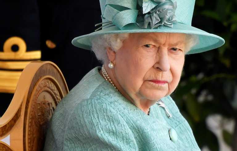 Βασίλισσα Ελισάβετ: Συνέντευξη στην Όπρα εσείς; Διάγγελμα εγώ