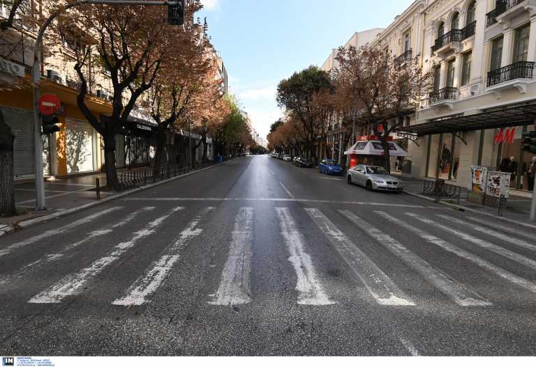 Τα σενάρια για το λιανεμπόριο σε Πάτρα, Θεσσαλονίκη, Κοζάνη και η ανυποχώρητη κυβέρνηση - Ζητούν υπομονή από τους καταστηματάρχες